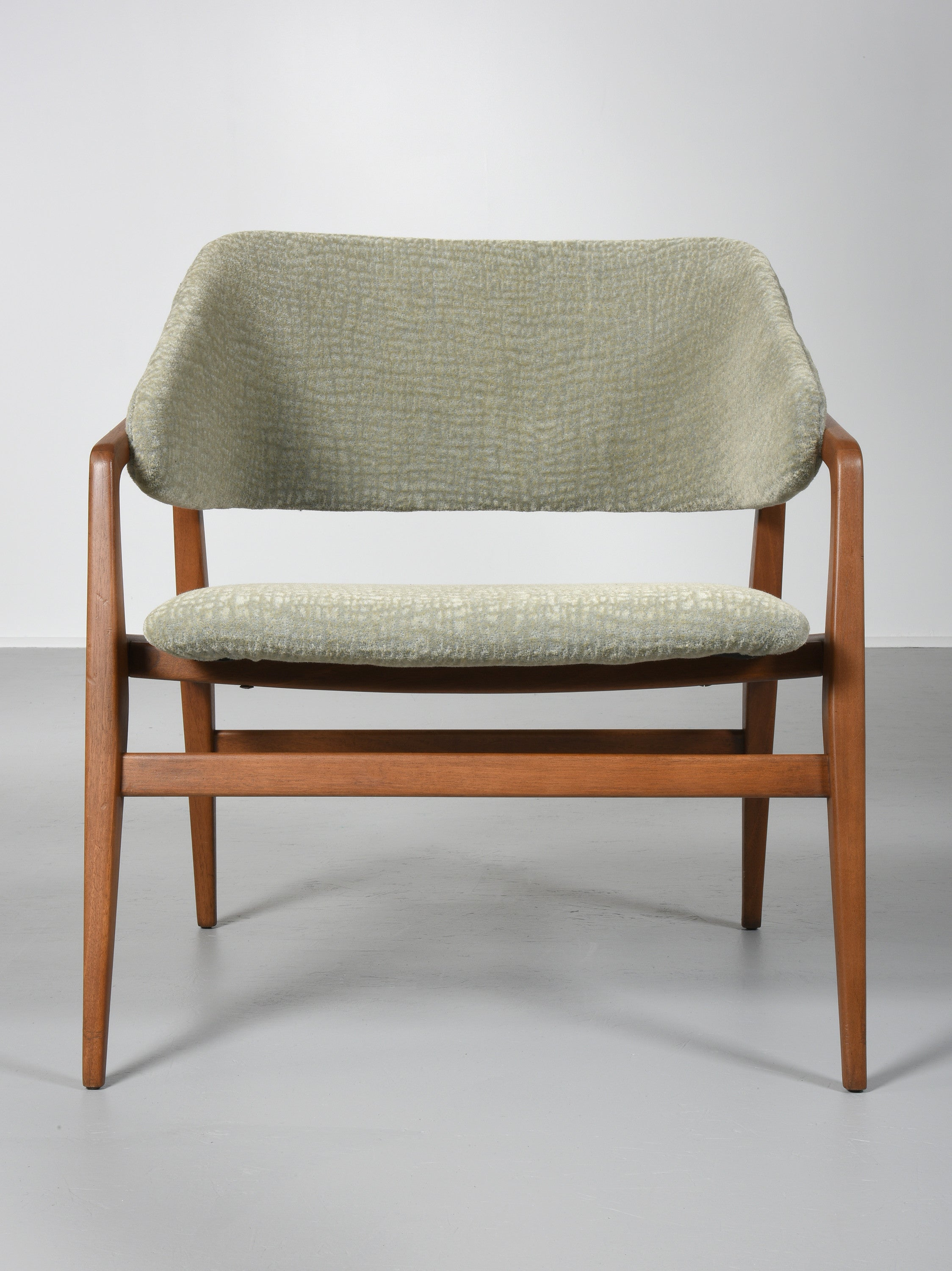 Gio Ponti Lounge Chair, 1950s - The Exchange Int