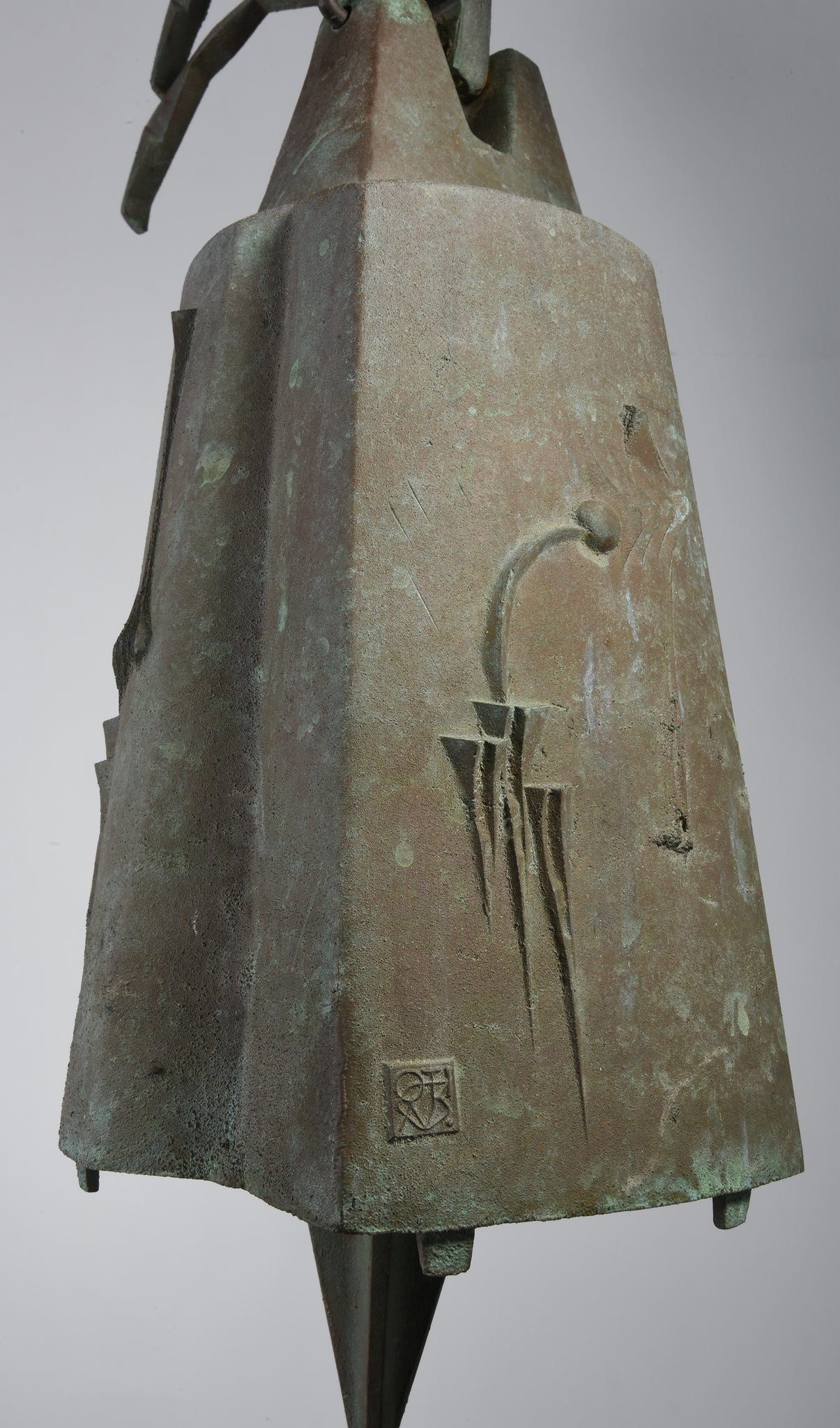 Large Paolo Soleri Hanging Bell in Cast Bronze, 1970s