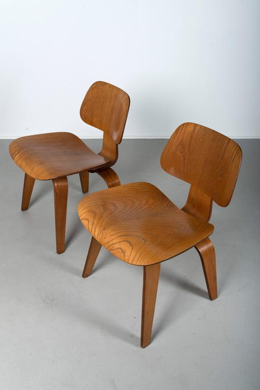 Eames for Herman Miller, Pair of DCW Molded Plywood Chairs, 1950s - The Exchange Int