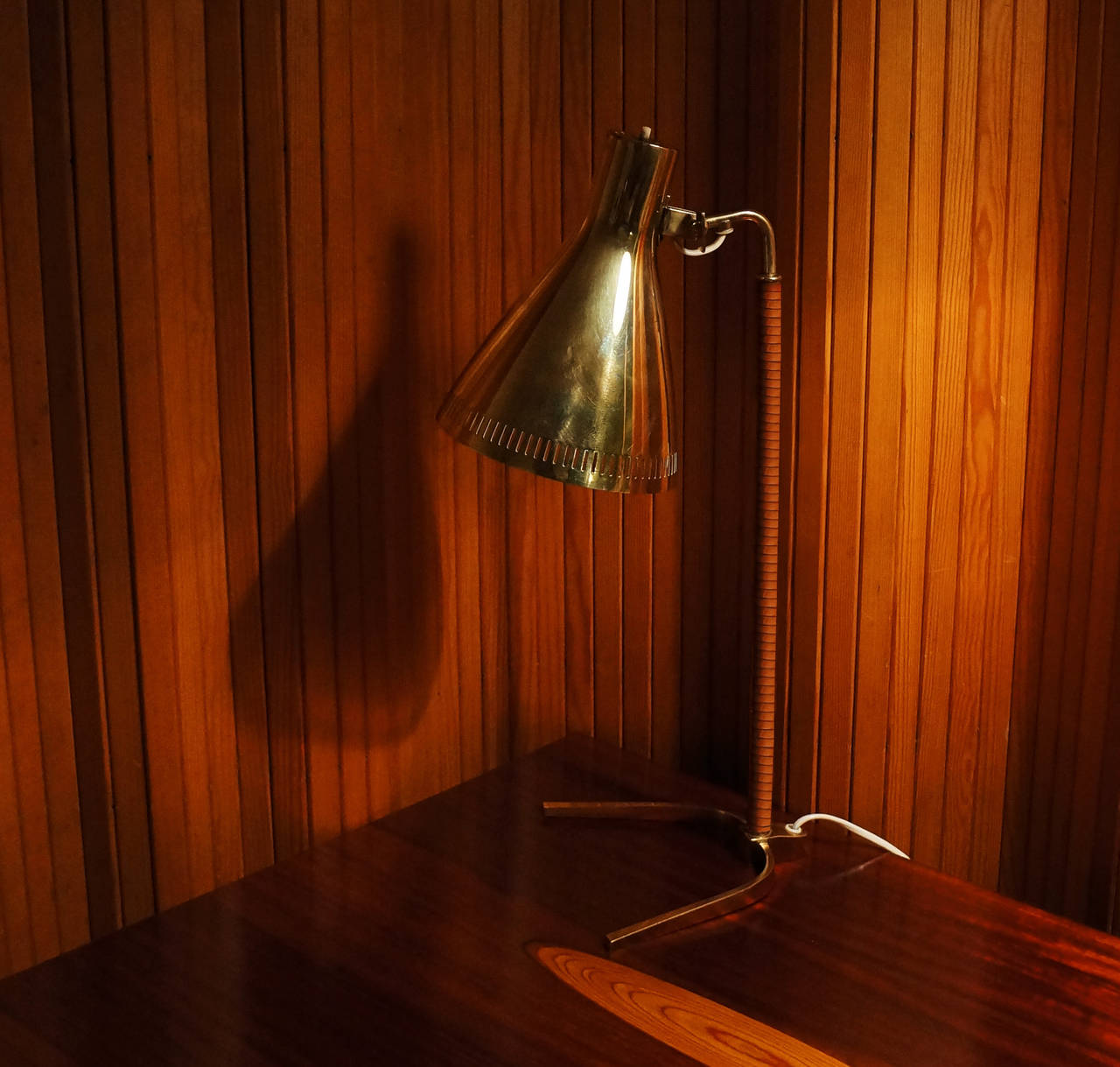 Paavo Tynell Table Lamp, Model 9224, Idman 1950s - The Exchange Int