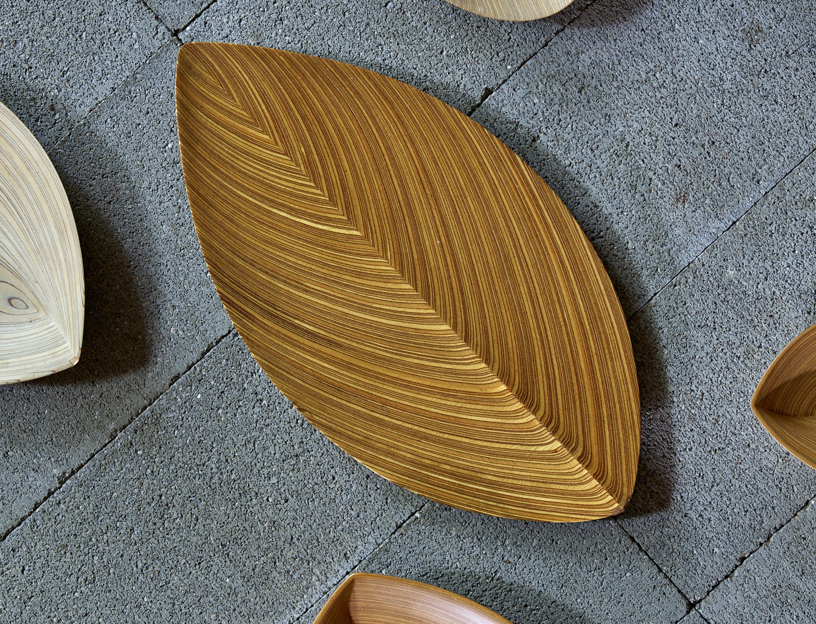 Tapio Wirkkala Large Overleaf Dish, Early 1950s - The Exchange Int