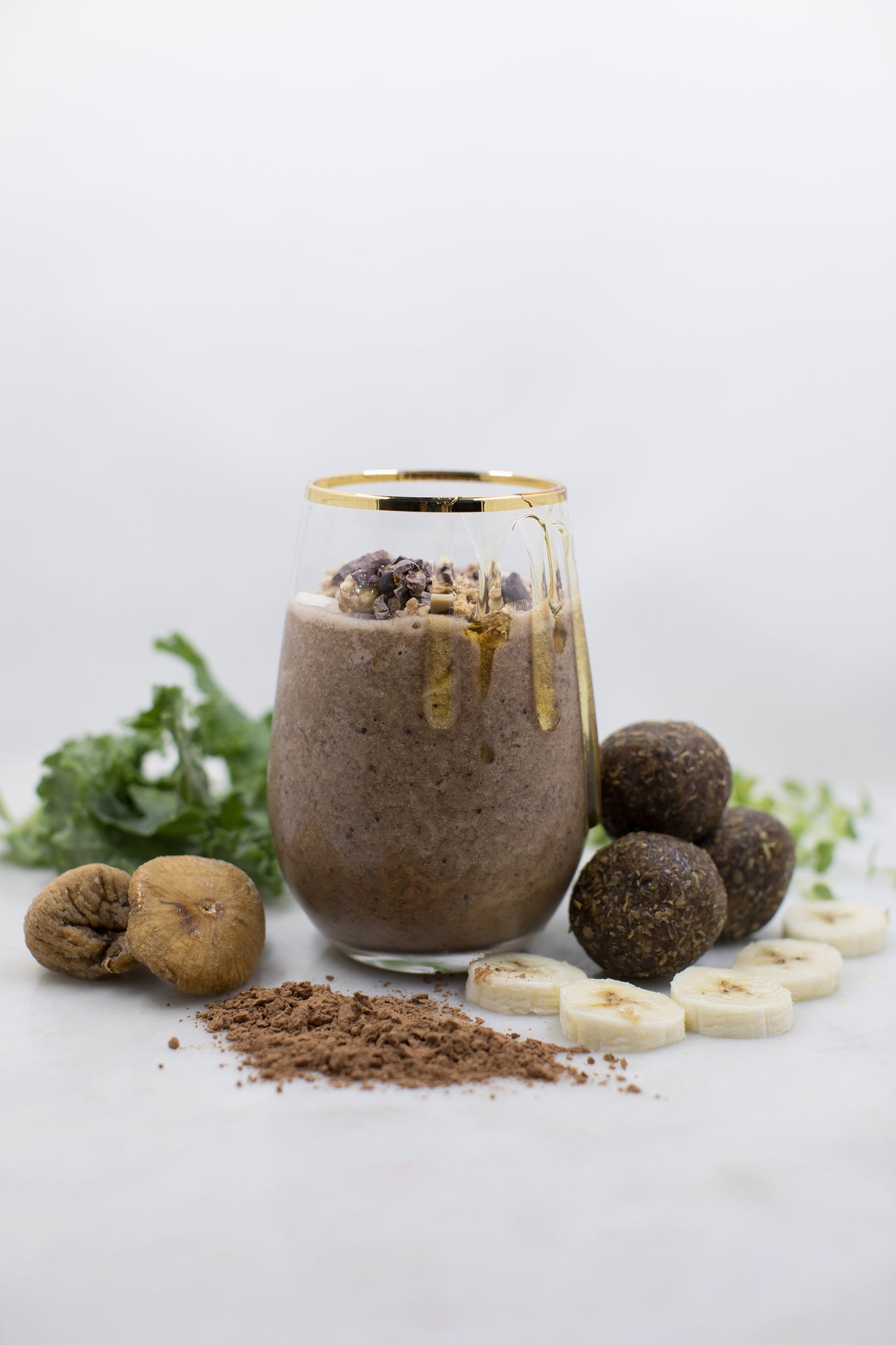 Chocolate Cravings Smoothie (w/ coffee)