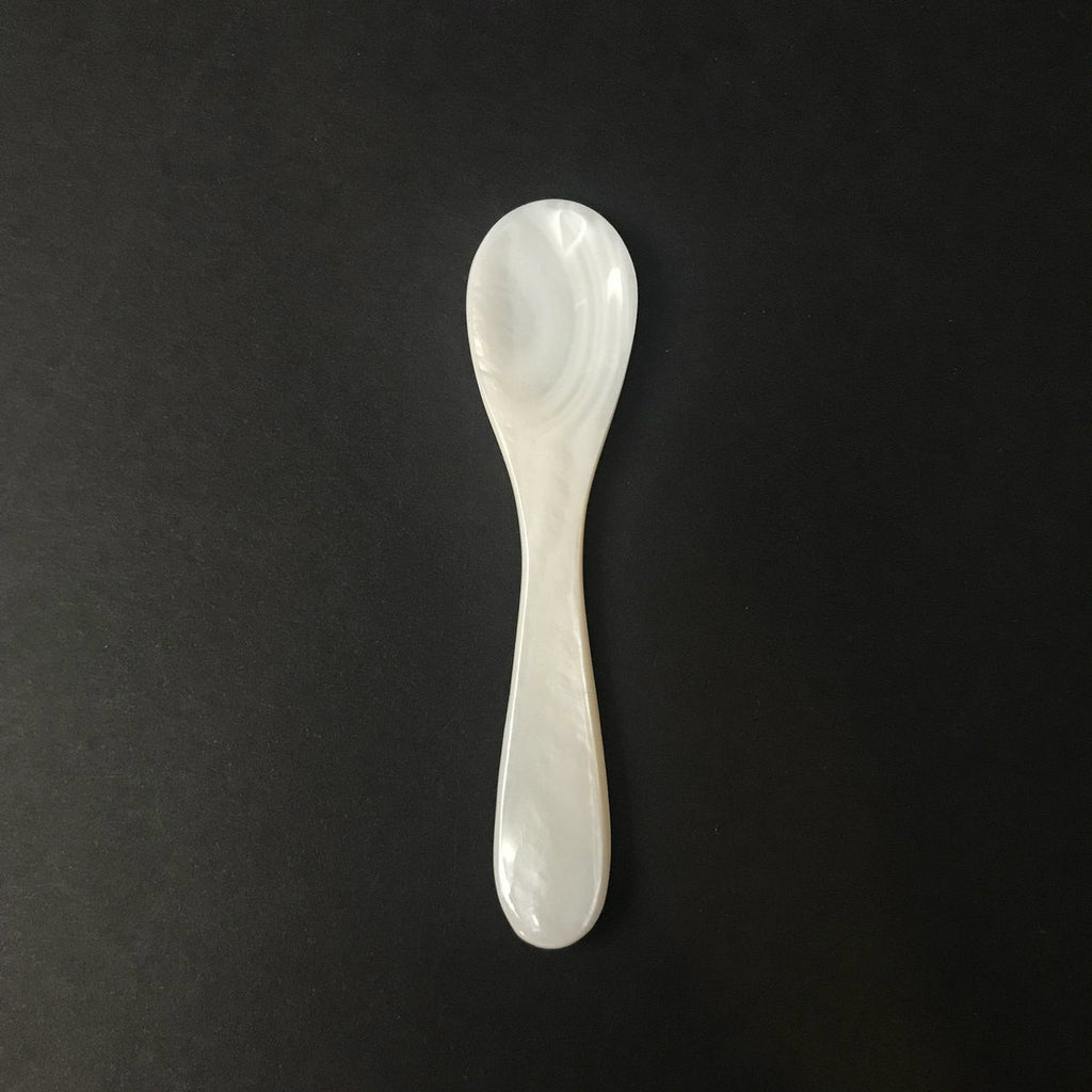 Caviar Spoon: Mother Of Pearl