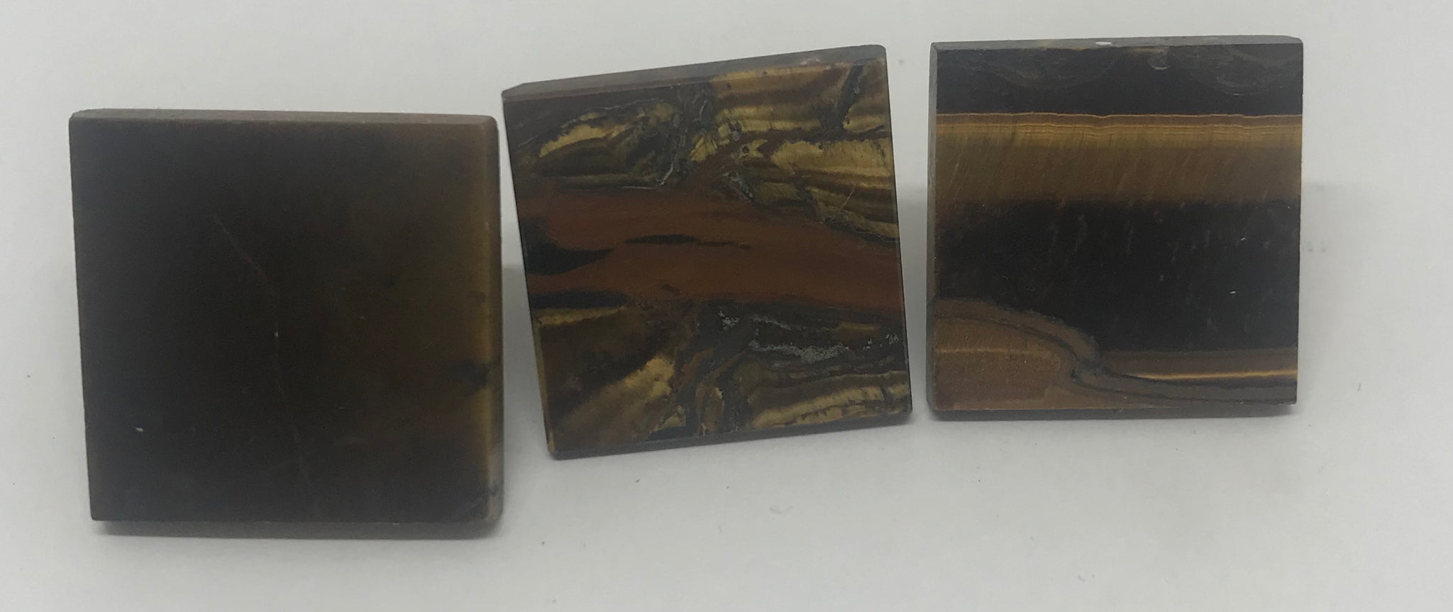 "Mini Tiger's Eye Pyramids-1"" square"