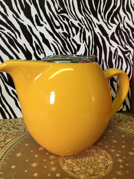 Yellow 4 Cup Clipper Teapot
