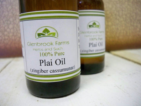 Plai essential oil bottle