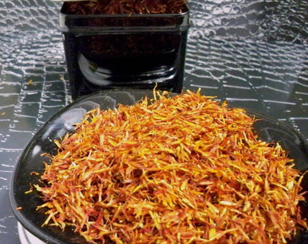 premium quality safflower petals from www.glenbrookfarm.com