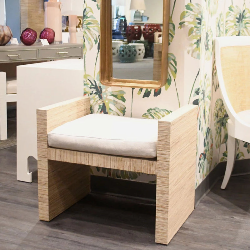 bungalow 5 h bench natural lacquered raffia