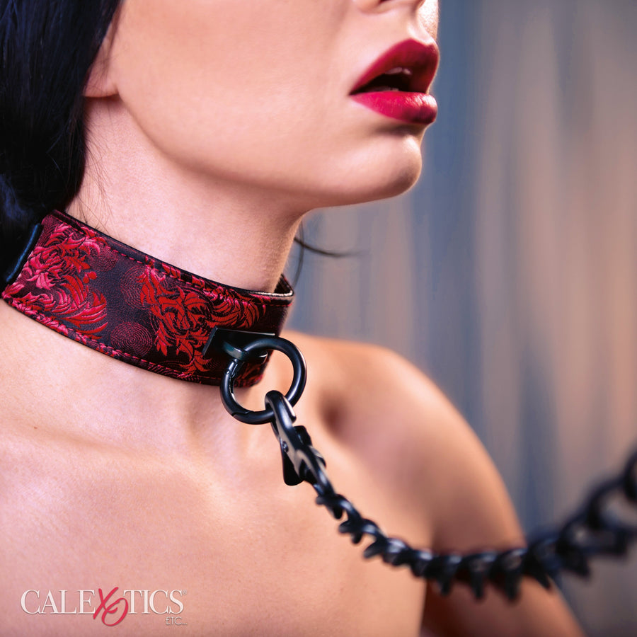 California Exotics - Scandal Collar with Leash (Red)