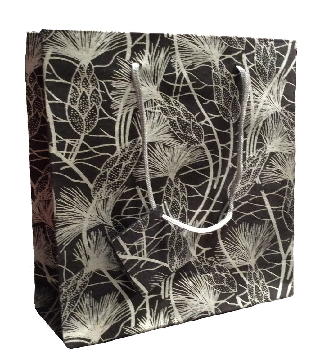 Set of Six Recycled Cotton Gift Bags with Tag in Black Beach Grass Design
