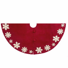 Tacked Snowflake Tree Skirt - Arcadia Home