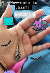 bat-necklace-goth-box