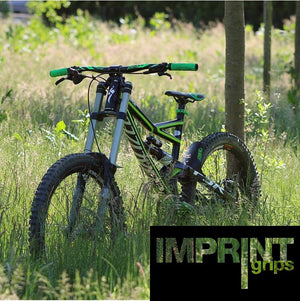 PRO Imprint Grips - Custom Mouldable Lock-On Bike Grips - Green Rubber   Black Metal