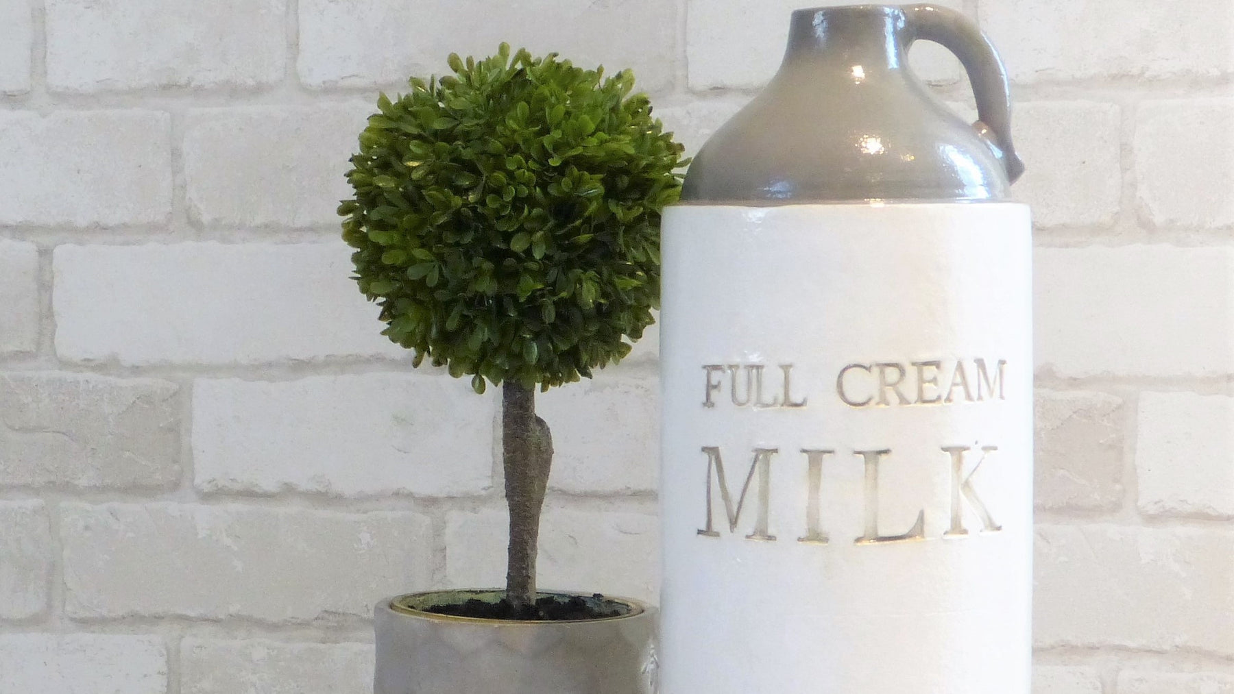 Parlane Full Cream Milk pitcher jug topiary tree
