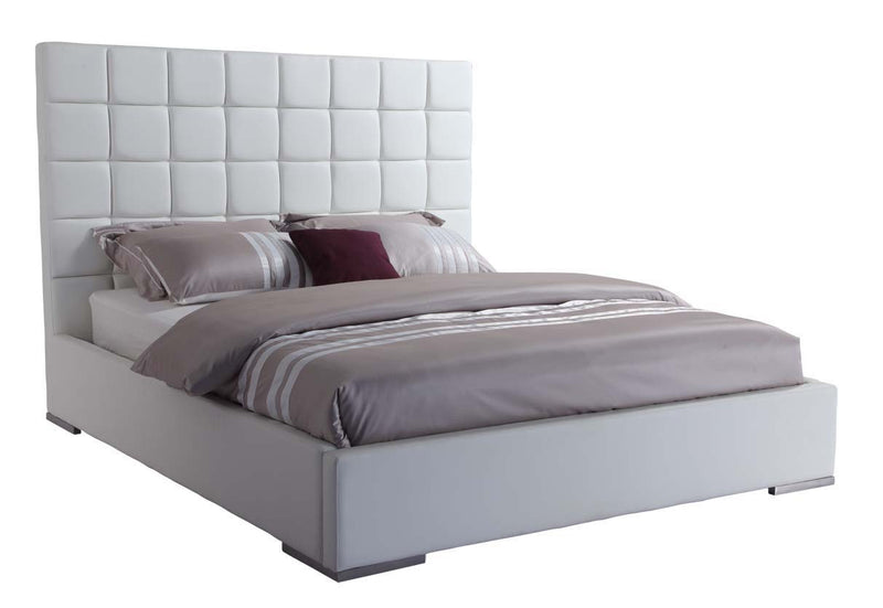 Square Bed King, White leatherette.