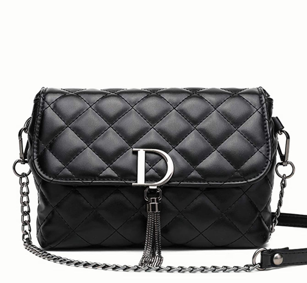Didi Royale | Online Women's Boutique | Accessories | Didi Quilted D Tassel Handbag