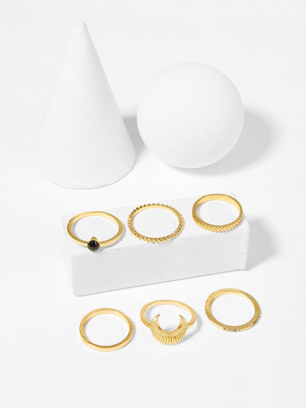 Didi Royale | Online Women's Boutique | Jewelry | Kamari Moon Ring Set