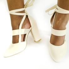 Tiana Round Toe Pumps - Didi Royale