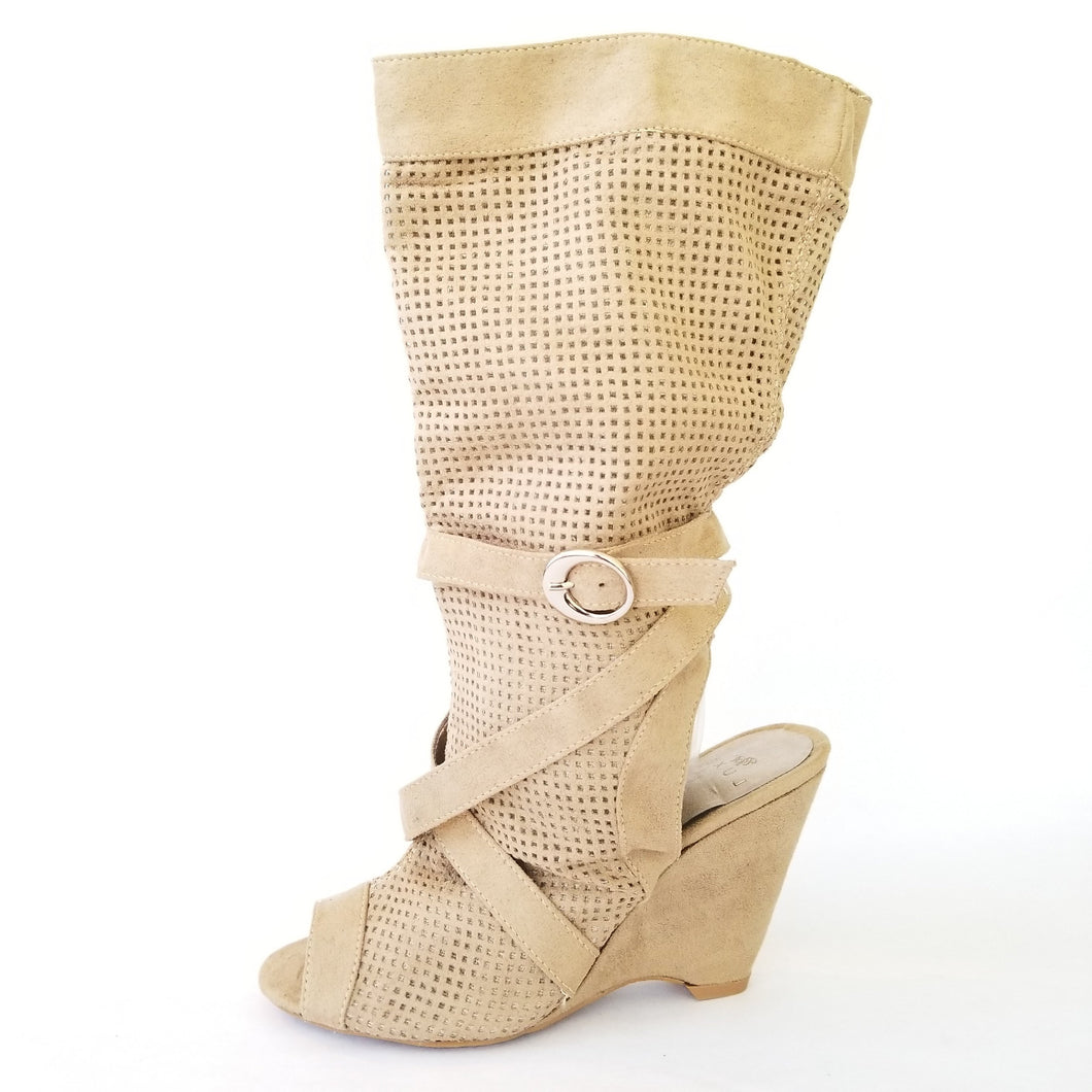 Didi Royale  | Shoes | Izzy Isaac Wedge Boot