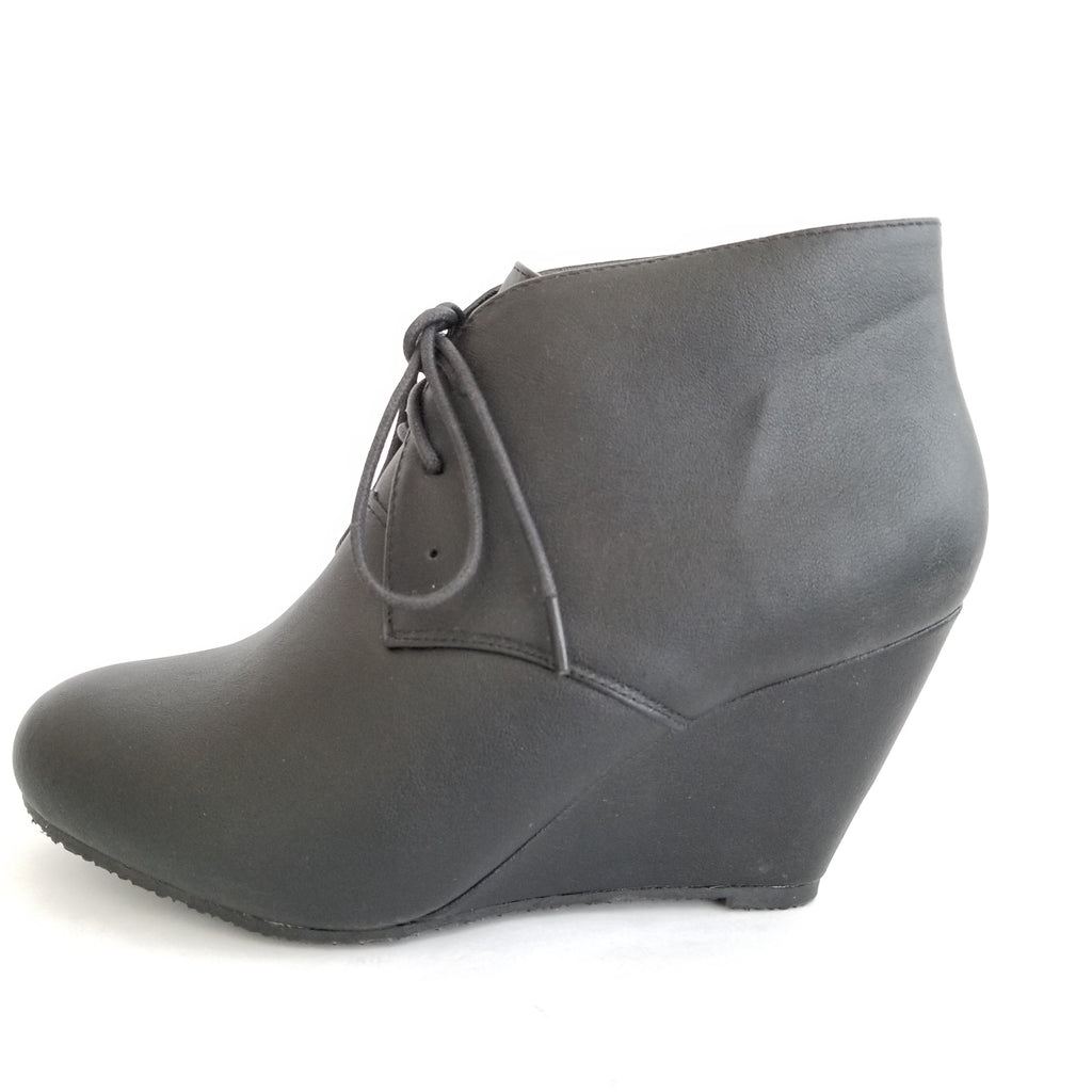 Didi Royale | Shoes | Sally Black Ankle Boots