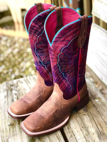 Ariat WMS Circuit Shilou Weathered Tan/Paint Brush Pink
