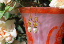 Swarovski Crystal Earrings - Sunflower with Pearls
