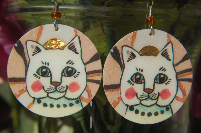 Watercolor Earrings - Cat - White with Pearls