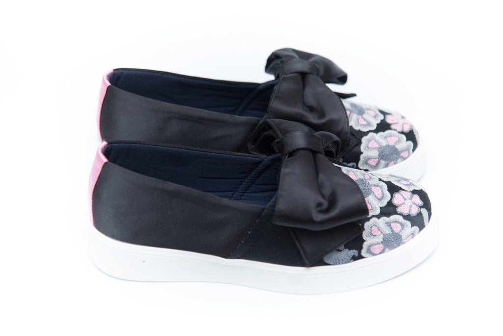 AMORES 2 / NEGRO GRIS ROSA