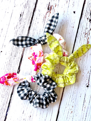 Spring Break 2020 - Scrunchie Workshop - Friday March 13, 9:30-12:00