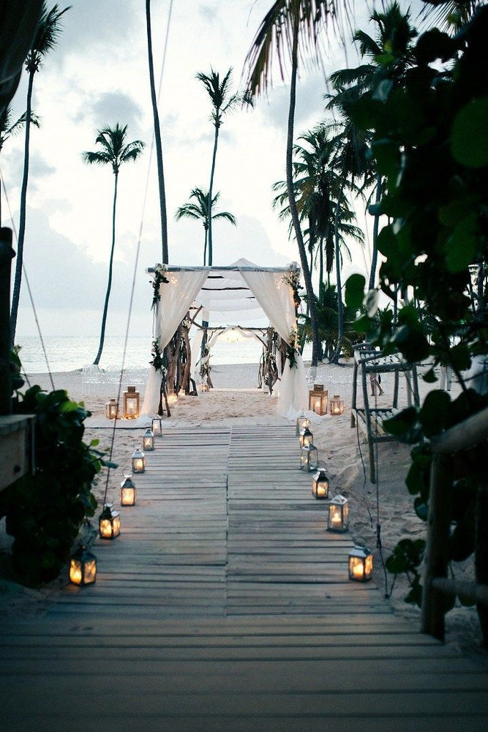 Tips For Planning A Beach Wedding