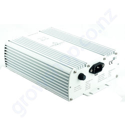 600w - 750w UHF Digital DE HPS Ballast - IEC Outlet Plug - Adjust-A-Wings Hellion
