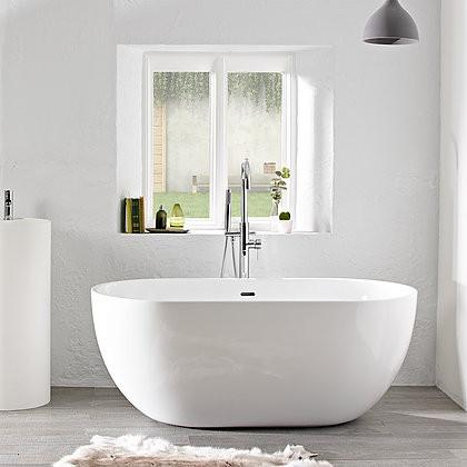 Solange 1500 Free Standing Bath | Bathroom Trade Shed