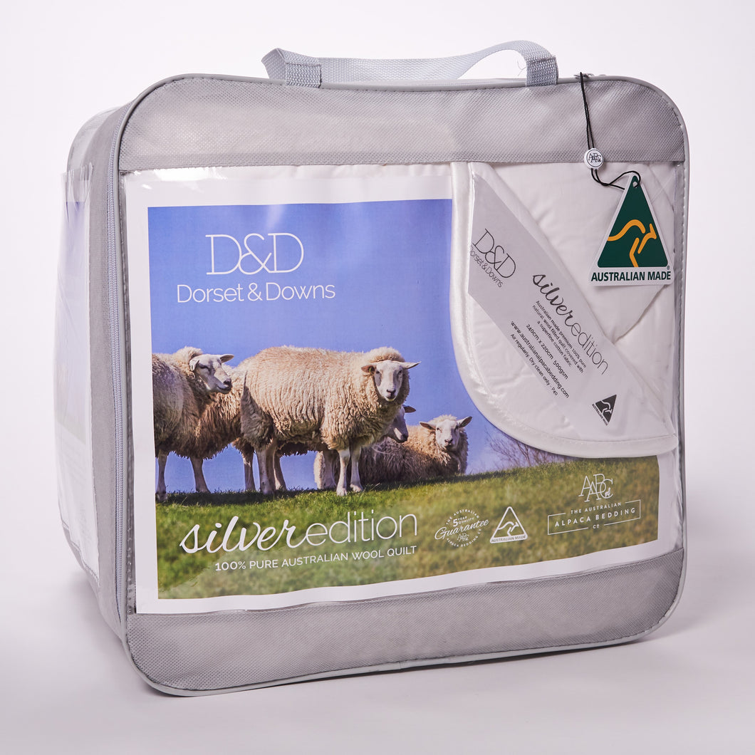 Dorset & Downs Silver Edition 500 Wool Quilt