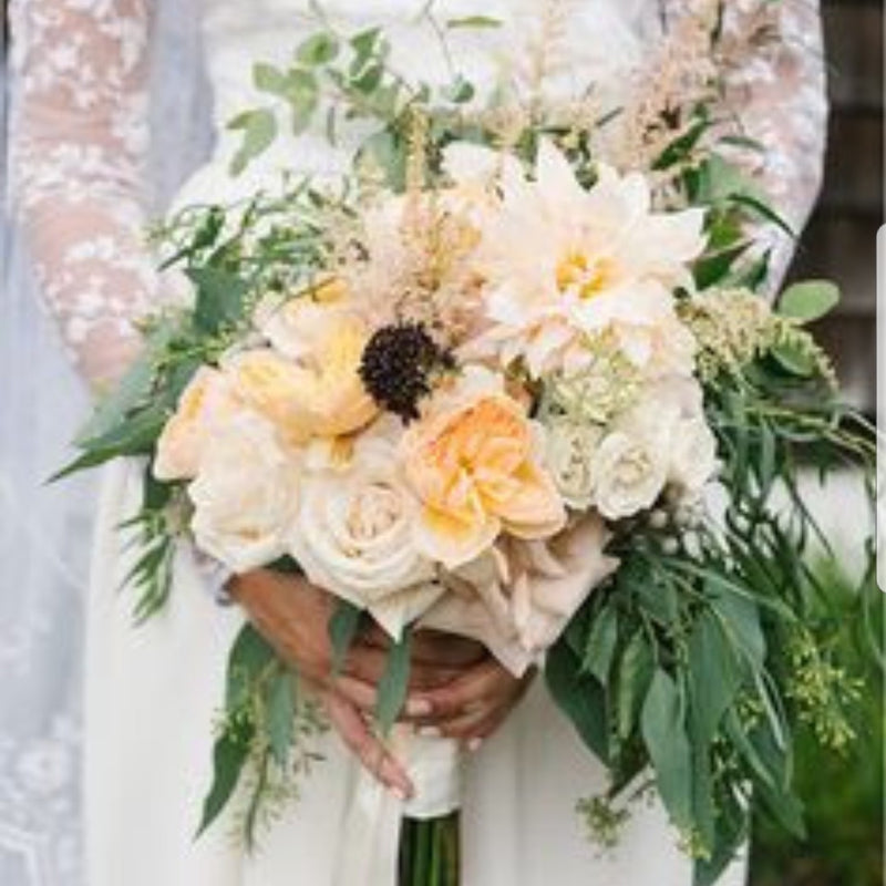 Sydney wedding, Dragonfly & Magnolia, peach roses and green bouquet,Wedding flowers Sydney.