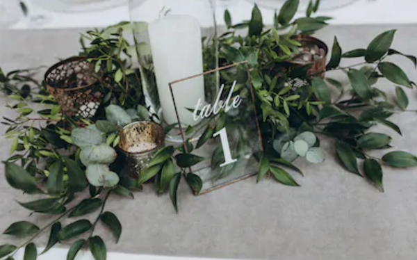 Table greenery wedding