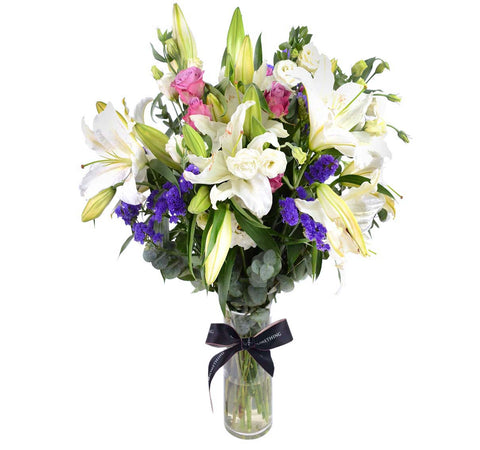 Elegant Flower Arrangement in Vase