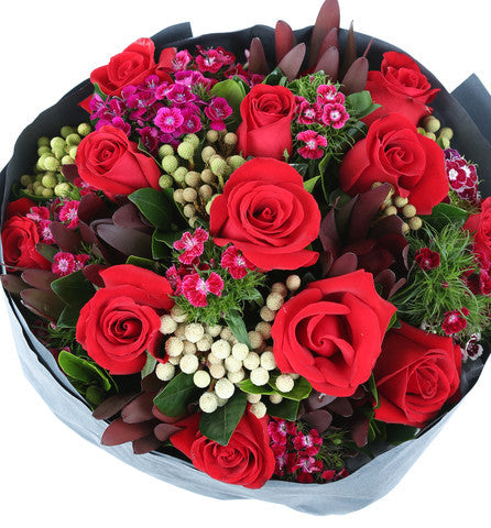 Romantic Red Roses Bouquet for Valentine's Day