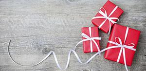 Gift wrapping and card with message