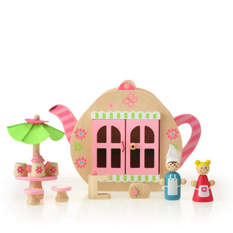 Tea party playset in Teapot