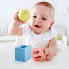 Geometric rattle- Hape