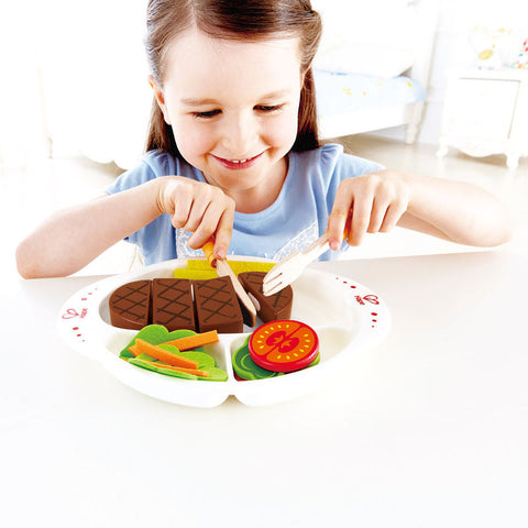 Wooden Playfood Hearty home cooked meal Hape