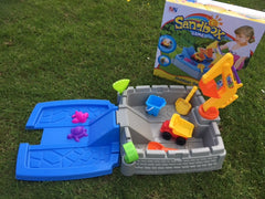 kidz-stuff-online - Sand and water Tray with digger