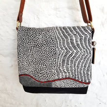 CROSS BODY Australian Native black and white
