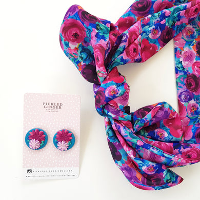 Floral giant studs