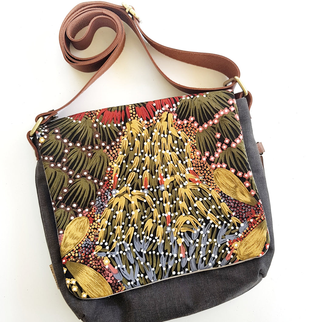CROSS BODY native Australian