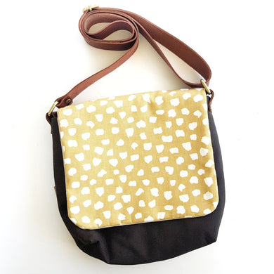 CROSS BODY mustard polka dots