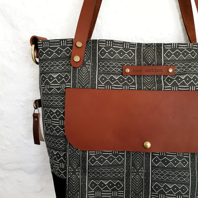 TOTE Black tribal