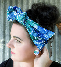 Blue leaves headscarf