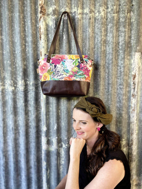 Floral tote with leather base