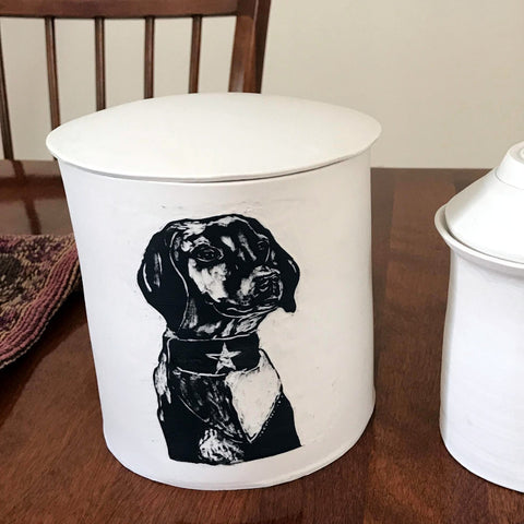 Dog Urn for Marguerite with Rio's portrait - ShellyClayspot